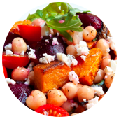 SALADE DE BETTERAVES, COURGE, POIS CHICHES ET FETA